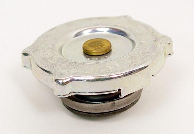 Radiator Cap for Aluminum Radiator :: Radiators, Mounts